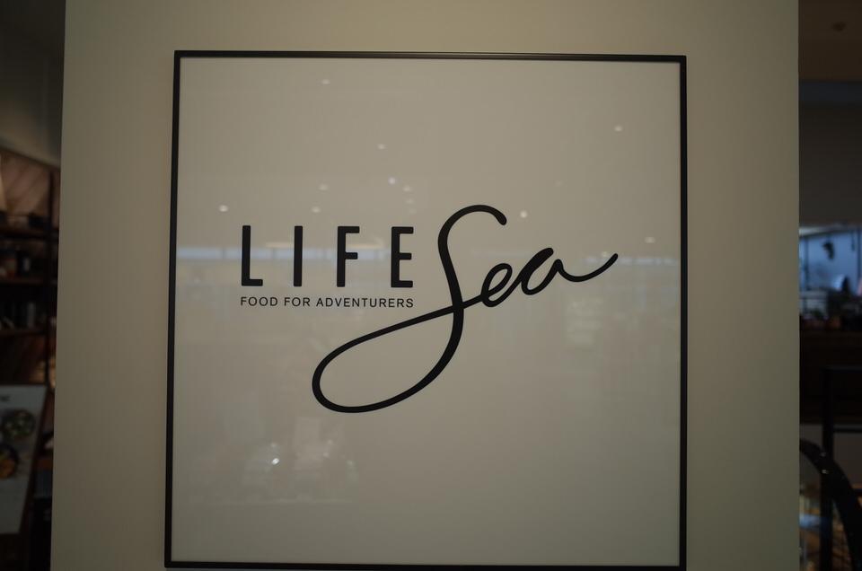 LIFE Sea看板