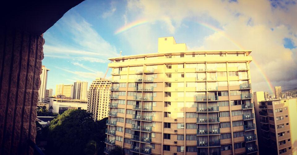 ホテルから見た虹